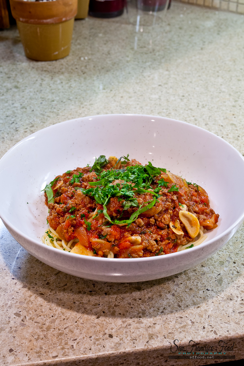 The Best Meat Sauce Spaghetti Recipe | SFFOOD